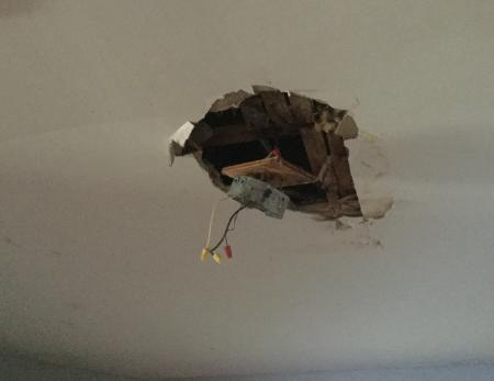 ceiling1